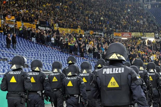 Polizei Fussball